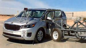 2015款起亚Sedona NHTSA侧面碰撞测试