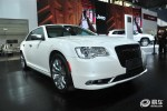 新款克莱斯勒300C上市 售39.99万起