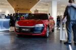 首家零跑汽车中心正式开业 S01补贴后预售价10-15万