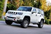 仅售15万的越野神器 北京BJ40 PLUS驾驶体验