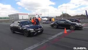 奔驰AMG E63S vs 法拉利F12 vs 兰博基尼Aventador