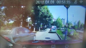 小米智能后视镜行车记录仪实拍画面