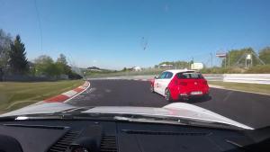 牛北迷开保时捷911 Turbo S纽北自驾刷圈