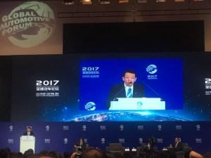 """冯兴亚:智能网联新能源汽车将迎来加速增长""""窗口期"""""""