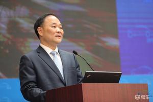 李书福:传统车企需联手打造数字共享平台 方可决胜未来
