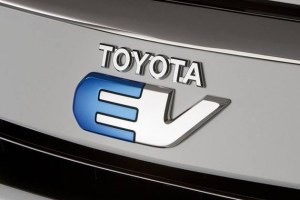 丰田推电动:很汽车、很丰田 | 汽车产经
