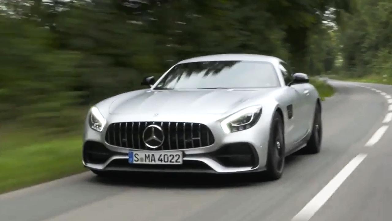 AMG GT S 搭4.0T V8双涡轮增压发动机